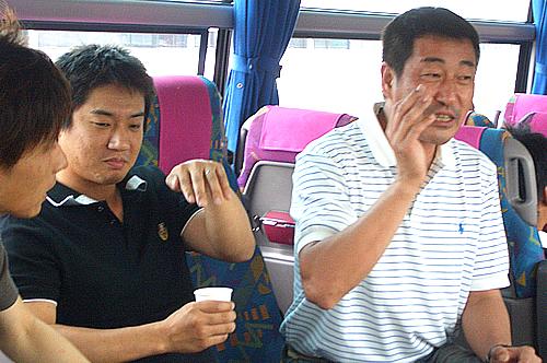 バスの中の一コマ。