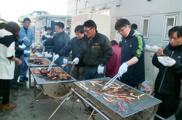 肉類と魚介類は分けて焼きます(こだわりです)