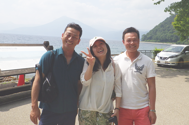 支笏湖にて、パチリ。