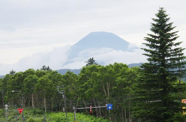 中山峠から羊蹄山です。さすが北海道の富士山!