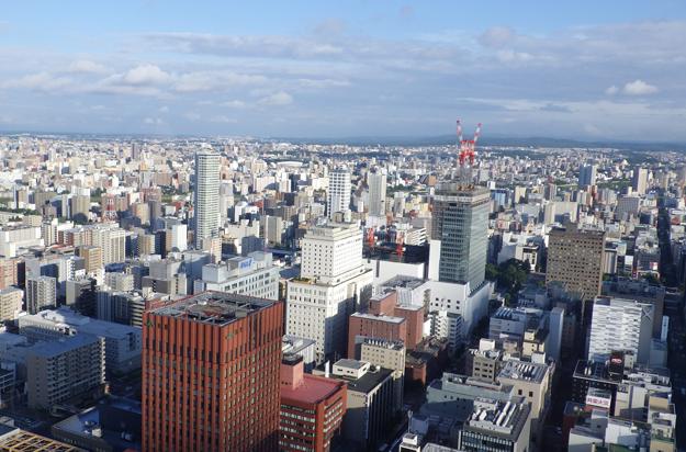 札幌駅隣のJRタワーより。