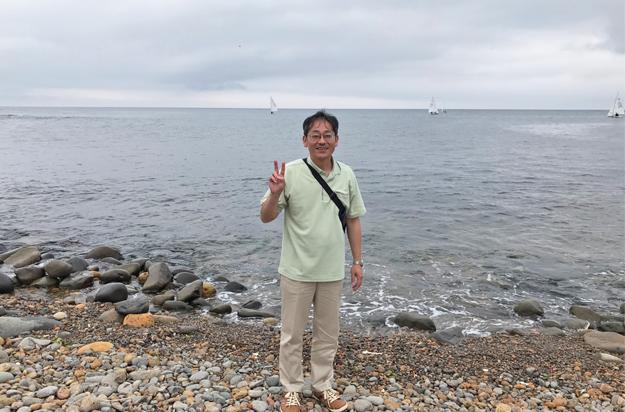 小樽の海岸で、中年1人・・・。