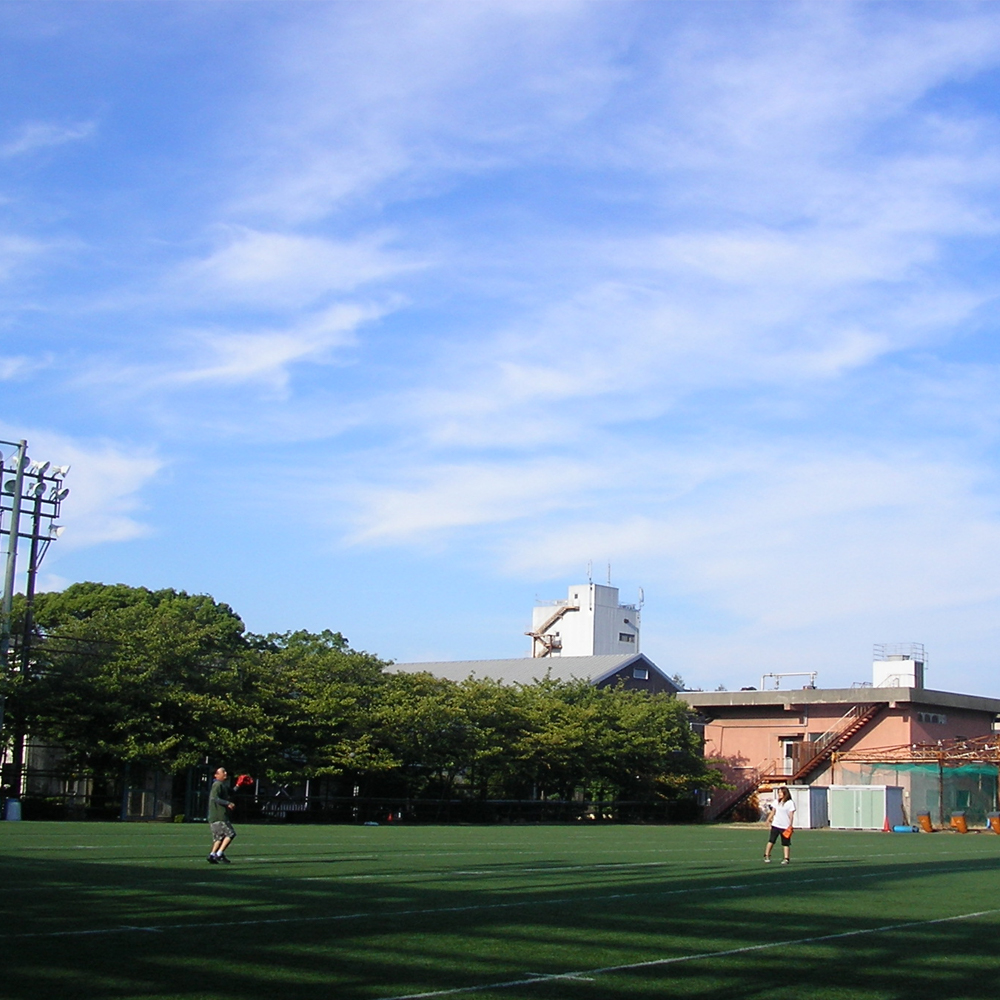 いい青空。野球日和。